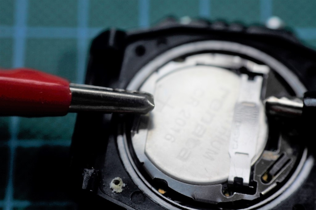 Comprobando altavoz piezoelectrico con el modulo de la tapa trasera