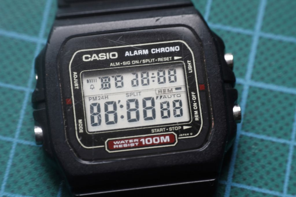 Casio DW-721: low battery problems 2