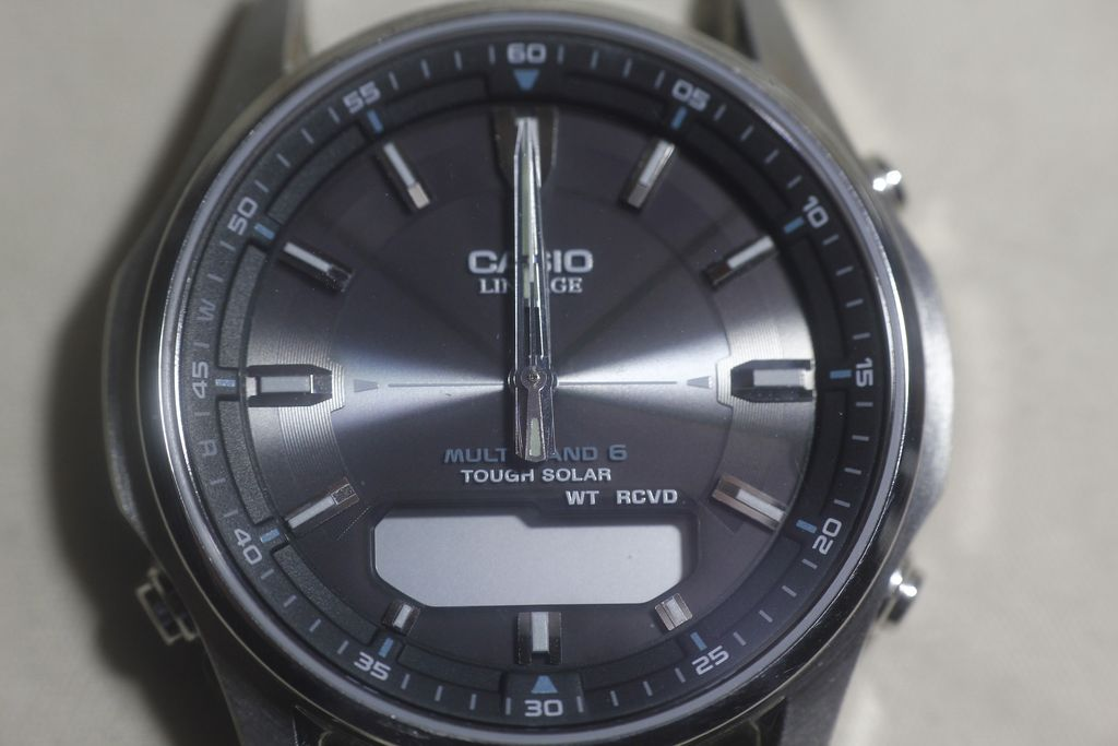 Casio LCW-M100DSE: small problems in a great watch. 1